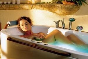 Выбираем ванну. Чугун или акрил?